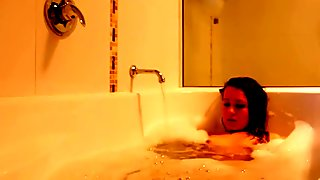 Sexy Russian Woman Plays with herself in Tub - BookingCentric.com