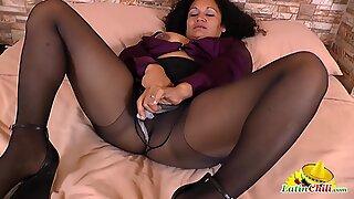 LatinChili chubby mature lady Sharon latin solo