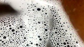 Cumming in the bathtub again!