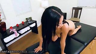 Maya Bijou POV Suck & Fuck During Routine Massage