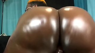 OILING MY ASS AND RIDING THIS BBC- FULL VID @ ONLYFANS.COM/MARLEYDABOOTY