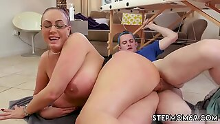Hot milf sucks cock first time Big Tit Step-Mom Gets a Massage