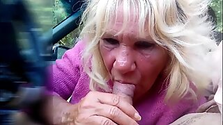 Granny sucks cock e5