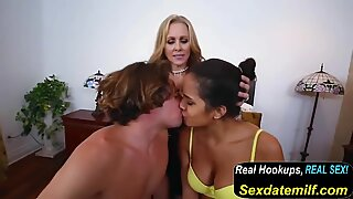 Julia Ann and Abby Lee Brazil - Stepmom flicks.