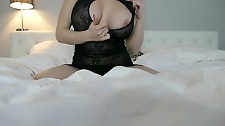 Monroe Lee Playing In Bed